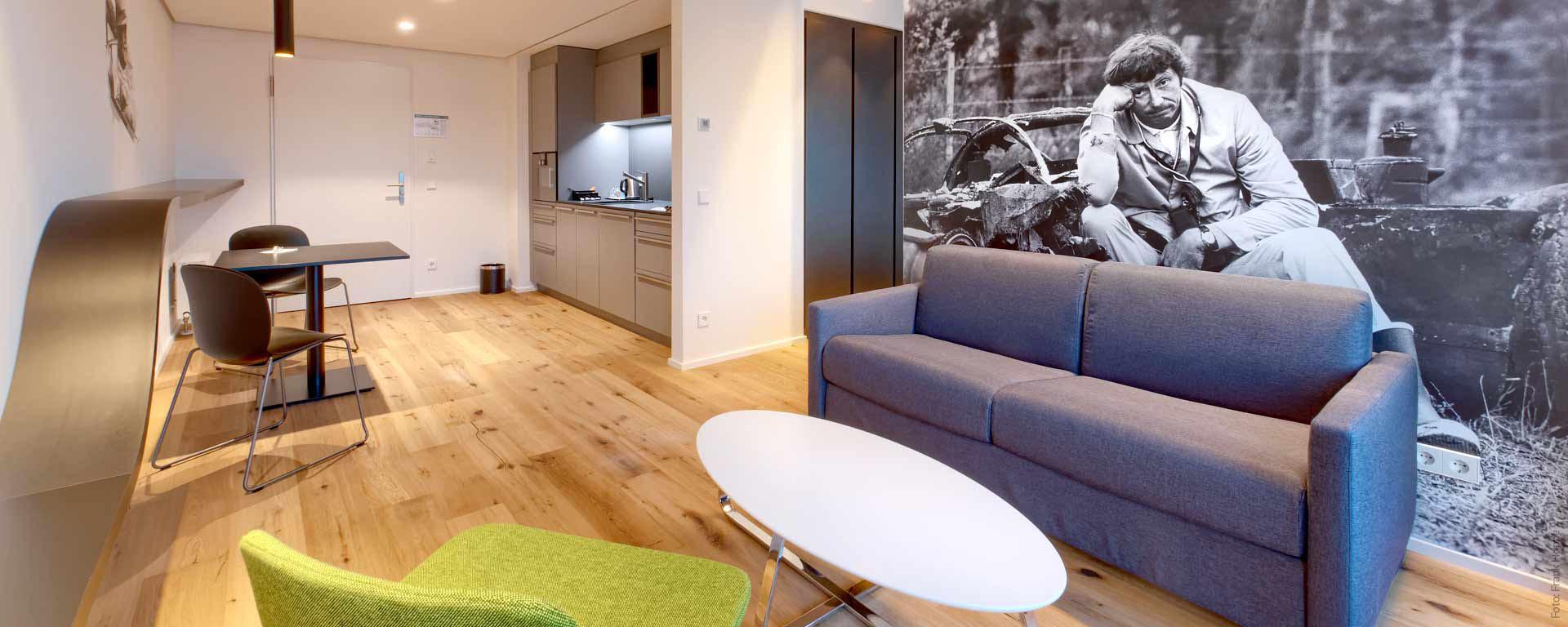 4 Sterne V8 Hotel Longstay Apartment/ Boardinghouse für Langzeitnutzer in Böblingen/ Familien-Zimmer & Unterkunft